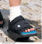 DARCO OrthoWedge Post Op Surgical Shoe